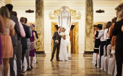 Anika & Myles – Wedding Photographer at Cardiff City Hall, Wales