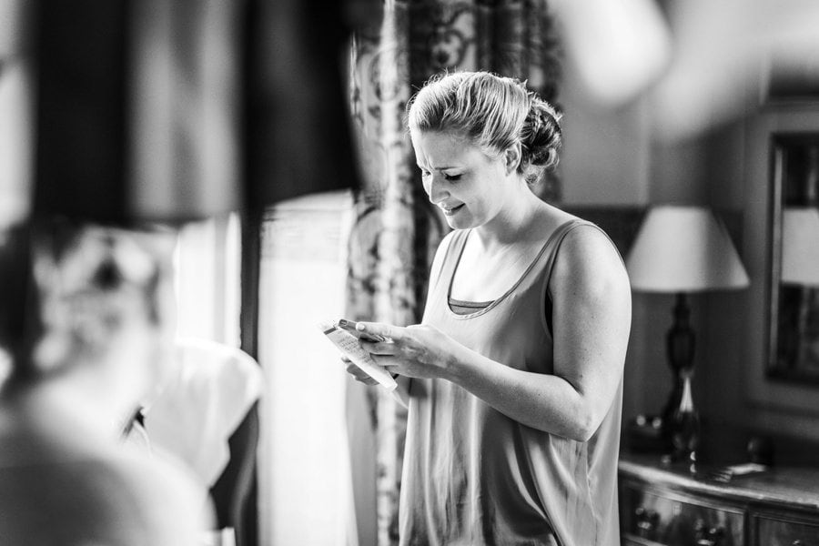 bridal preparations at a miskin manor wedding