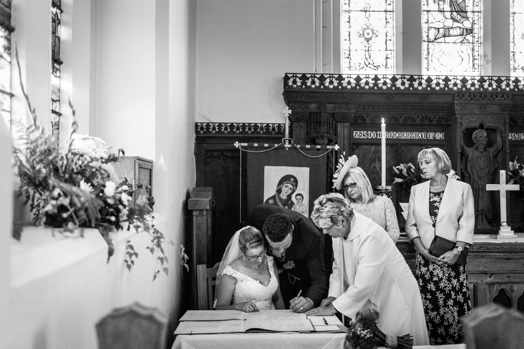 siging wedding register