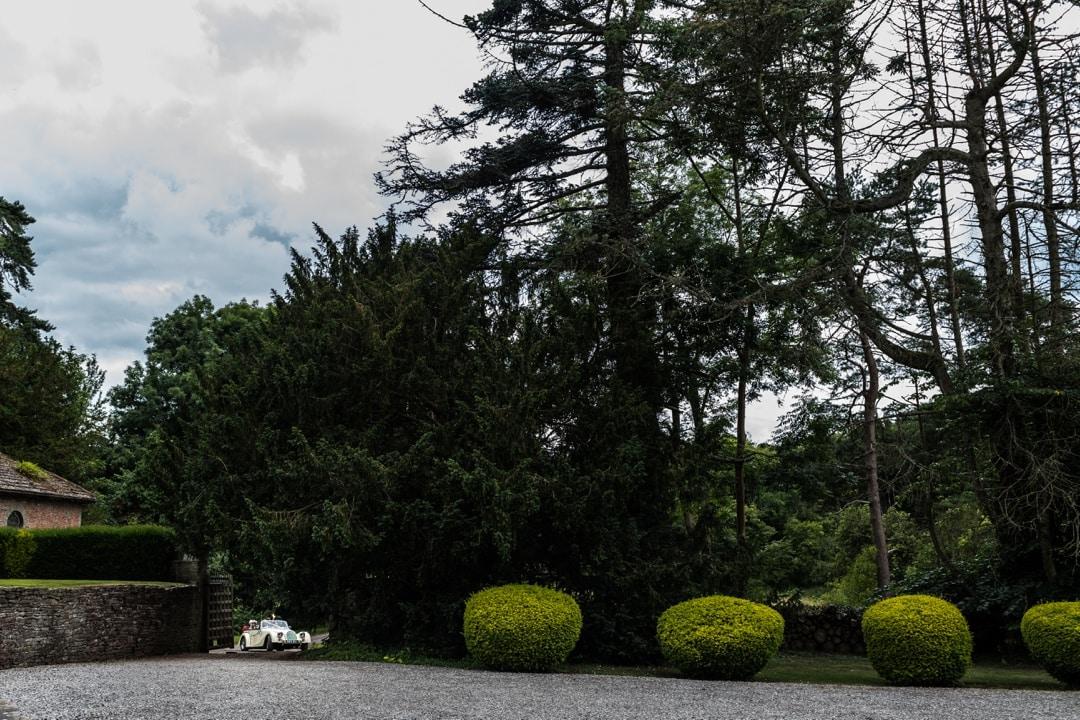 llanvihangel-court-wedding-300716014