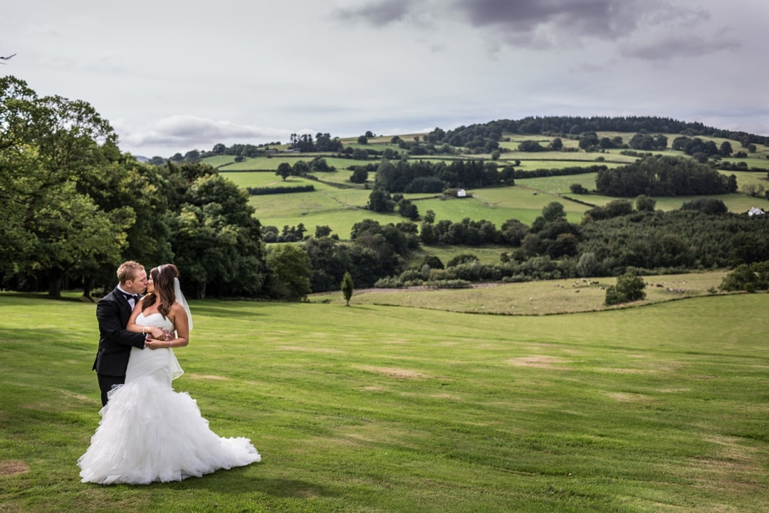 buckland-hall-wedding-photography-010916024