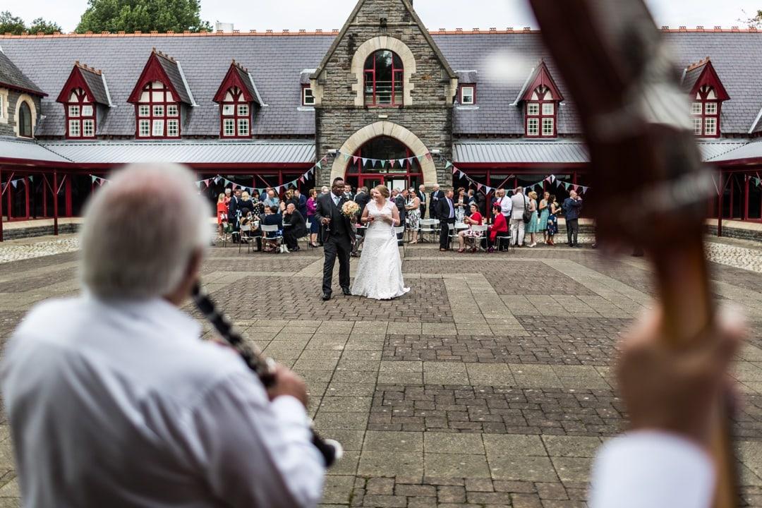 royal-welsh-collage-of-music-drama-wedding-100916017