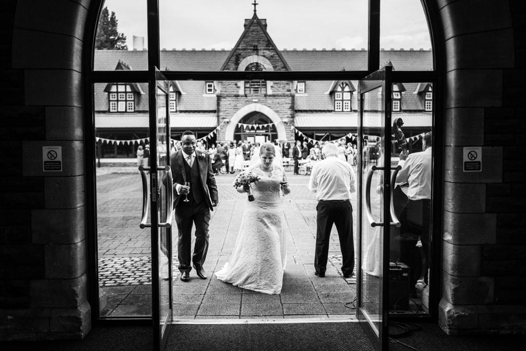 royal-welsh-collage-of-music-drama-wedding-100916018