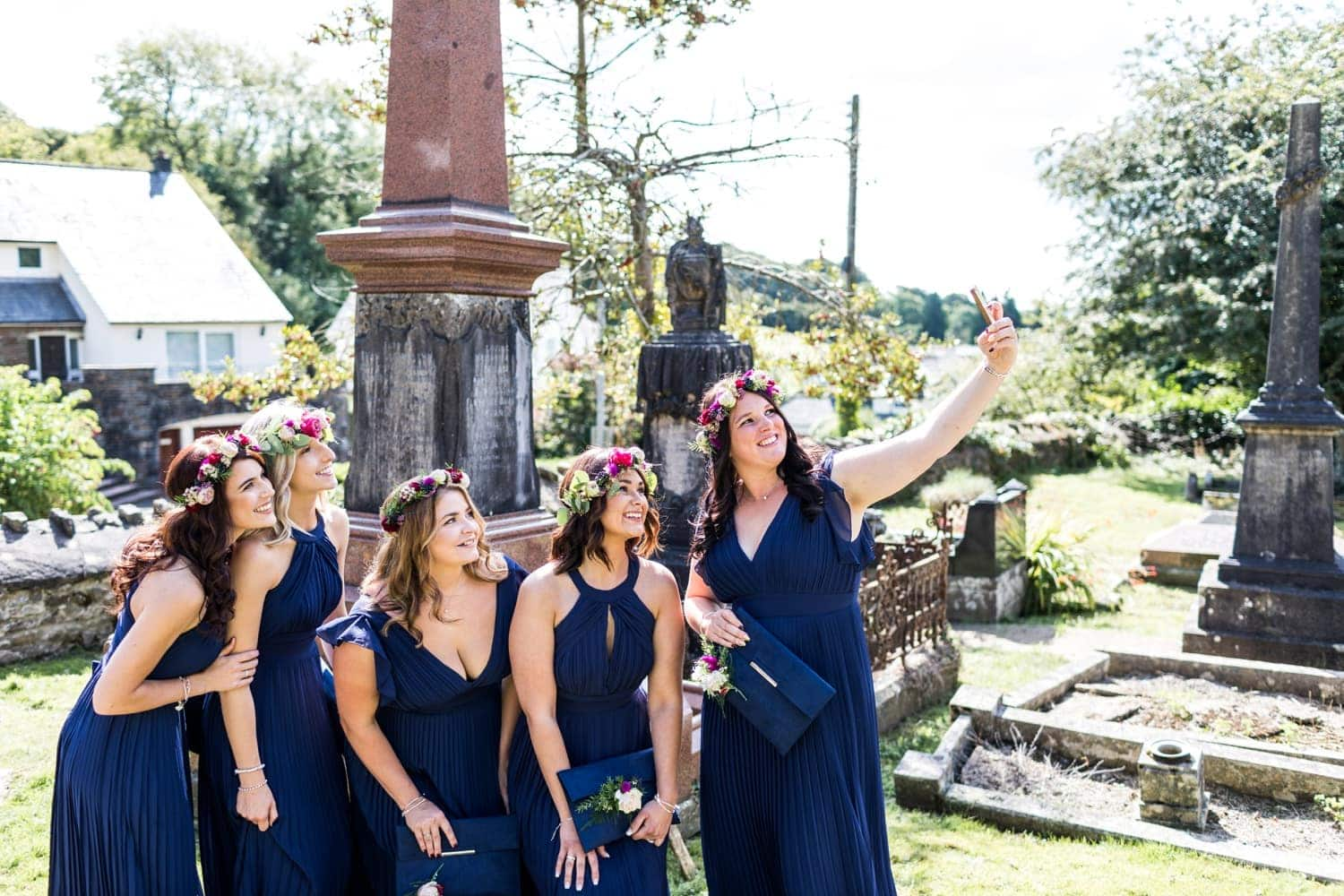 Bridemaids doing selfie