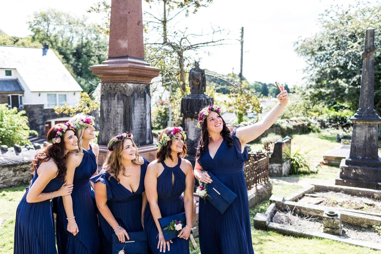 Bridemaids doing selfie