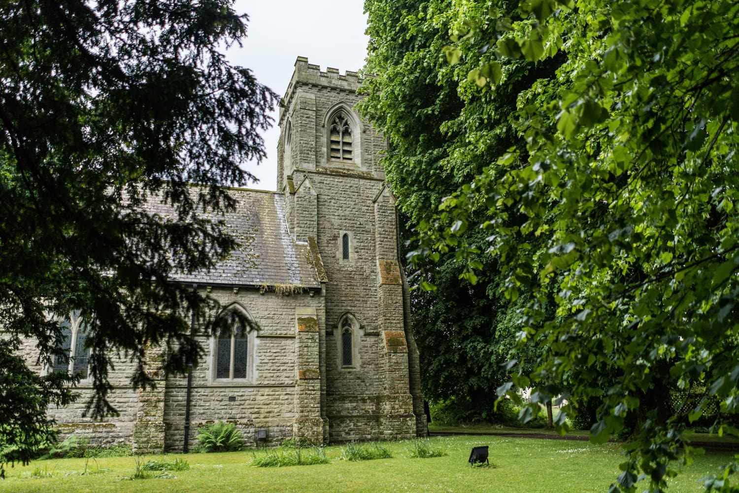 St David's Church in Miskin, South Wales