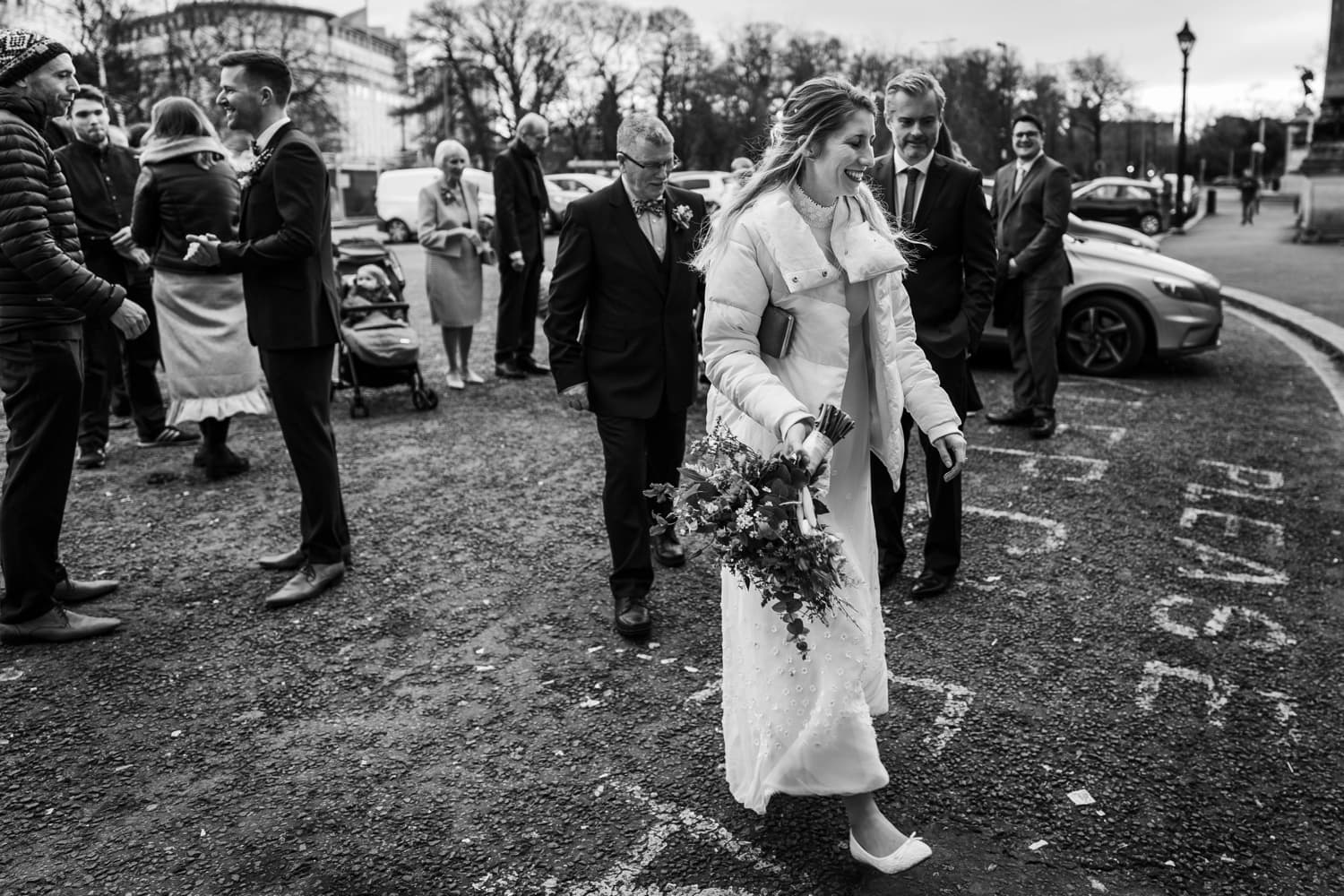 Bride arrives at Cardiff City Hall