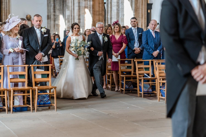 Cardiff wedding photographer at Llandaff Cathedral