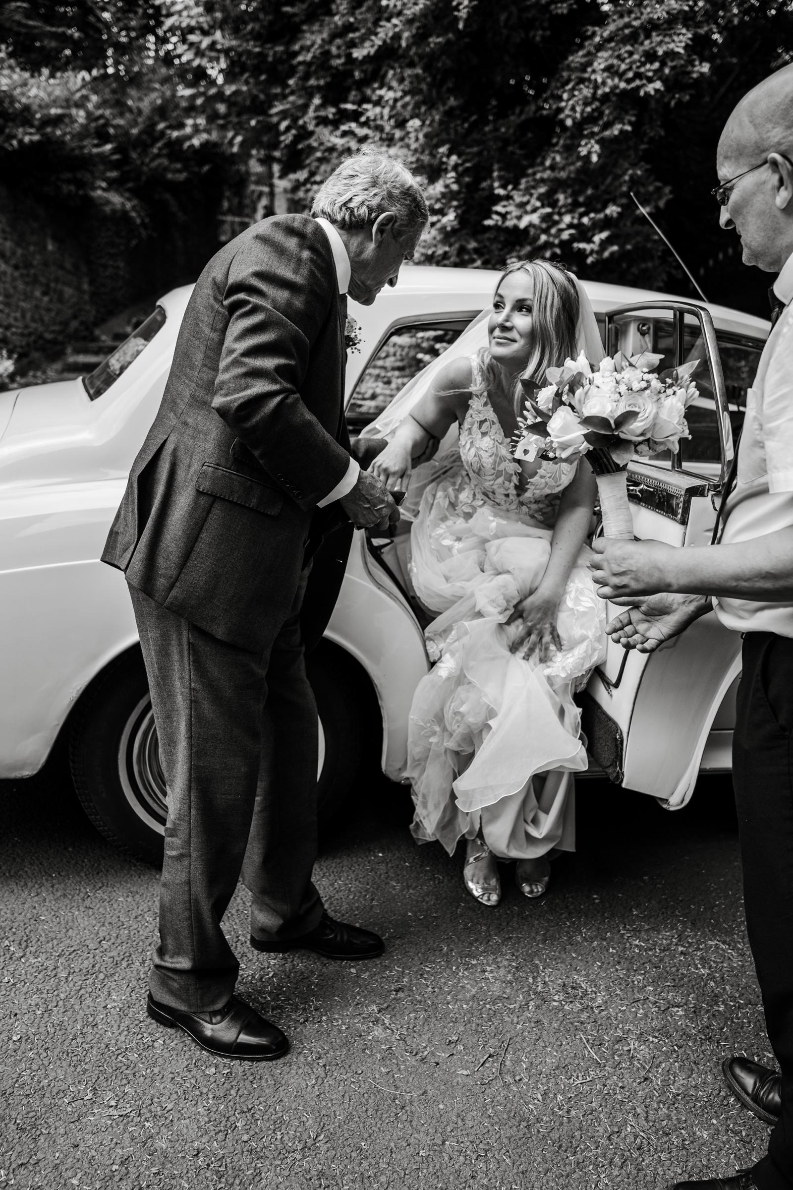 Bridal car arrives at Llandaff Cathedral