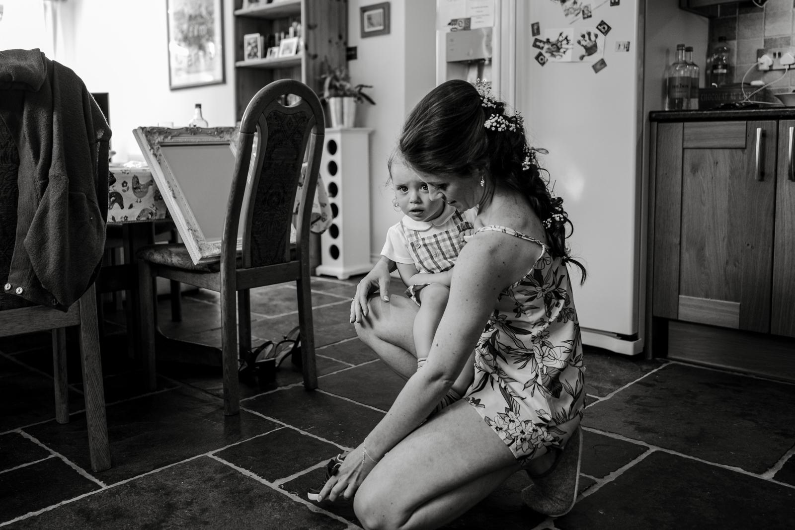 Toddler at bridal preparations