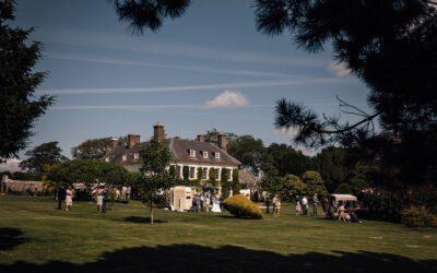 South Wales Wedding Photography at Gileston Manor – Amy & Rob